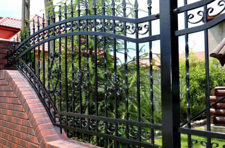 wrought iron metal fences