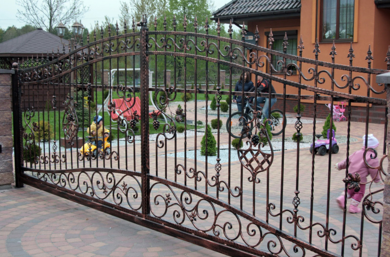 Wrought Iron Gates Fences Railings In London Tredega